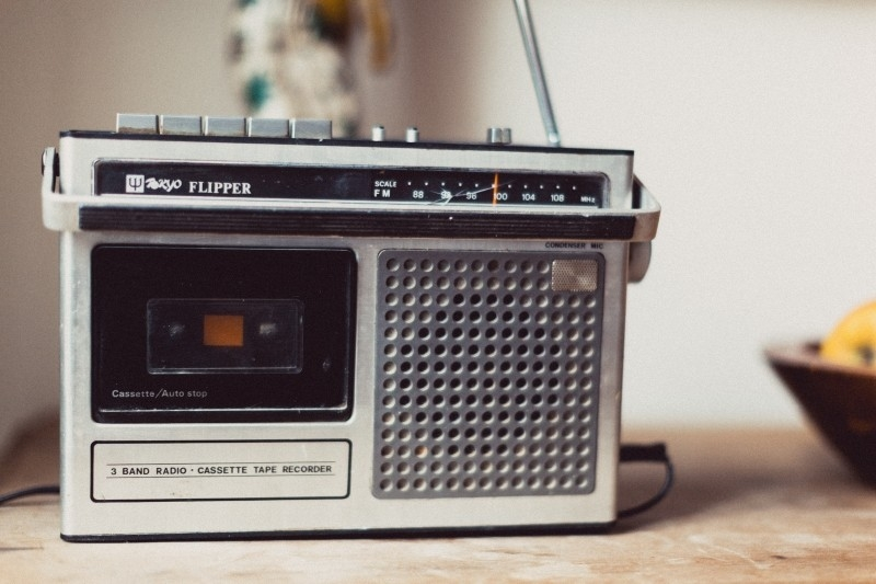 radio-vintage-retro-music-old-sound-audio-media.jpg